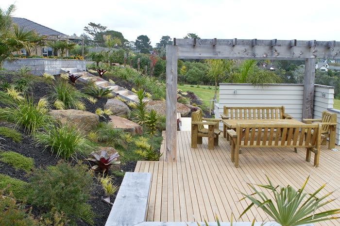 Country inspiration peter fry landscapes for Auckland landscaping services ltd